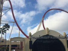 Hollywood Rip Ride Rocket Coaster